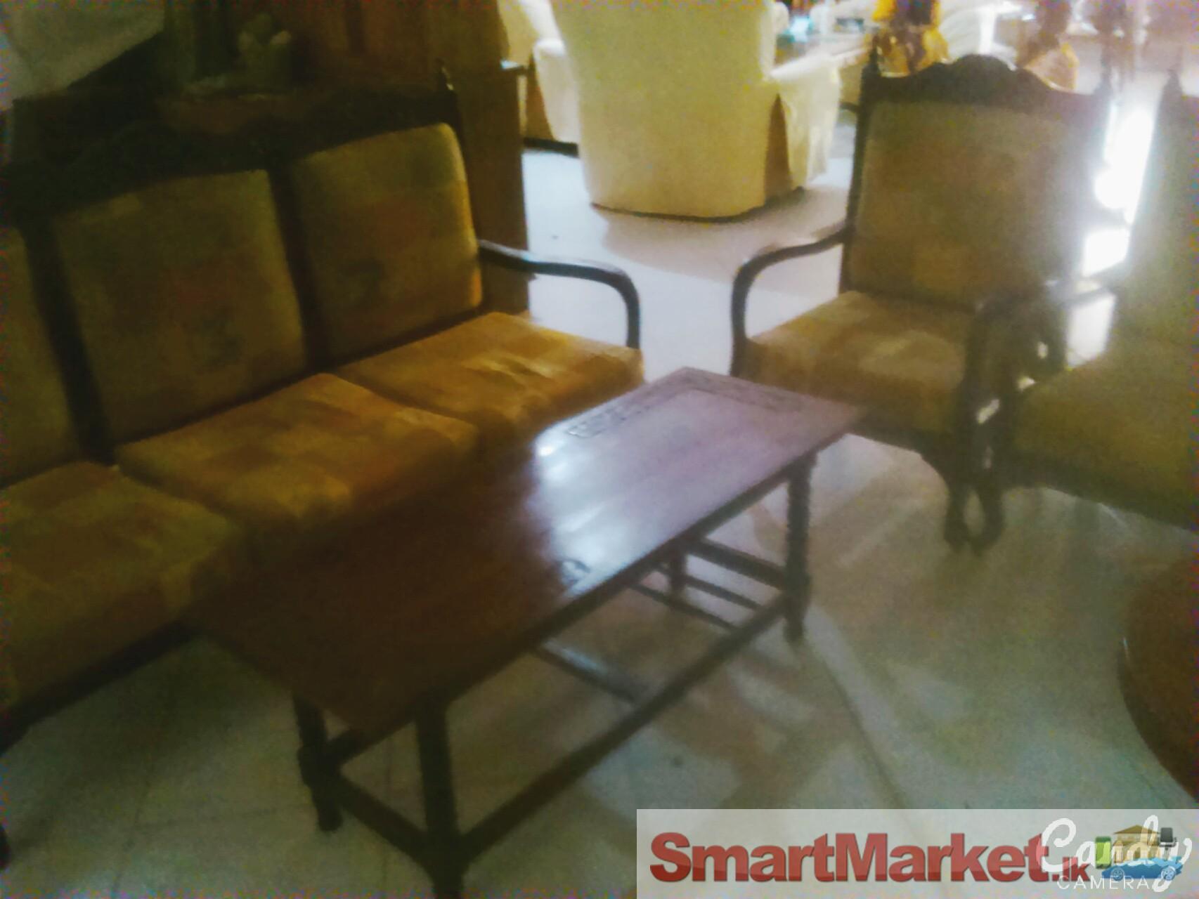 Nice sofa set for your hall for Sofa set for small hall