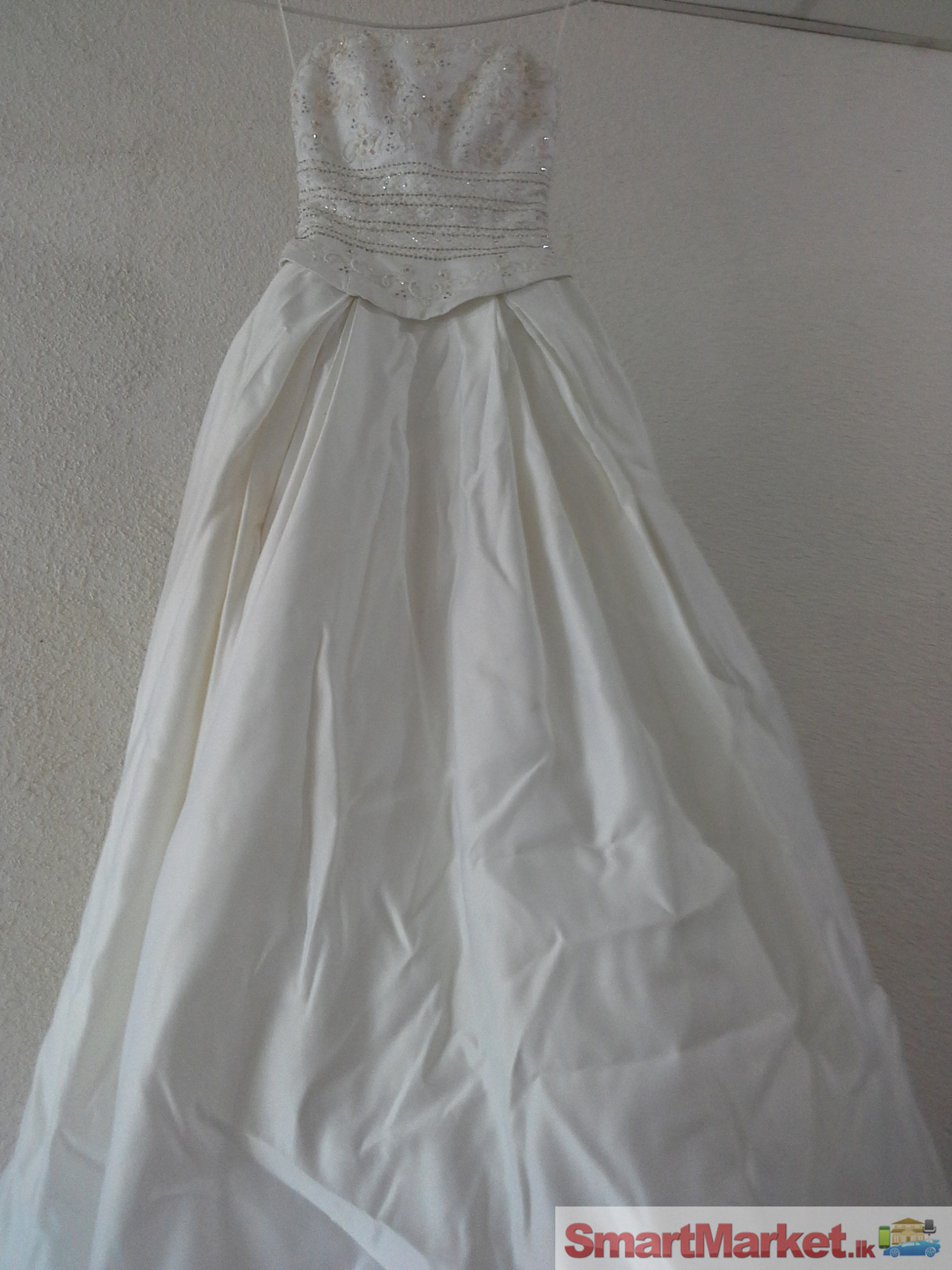 Second Hand Bridal Gowns For  : Second hand bridal dress