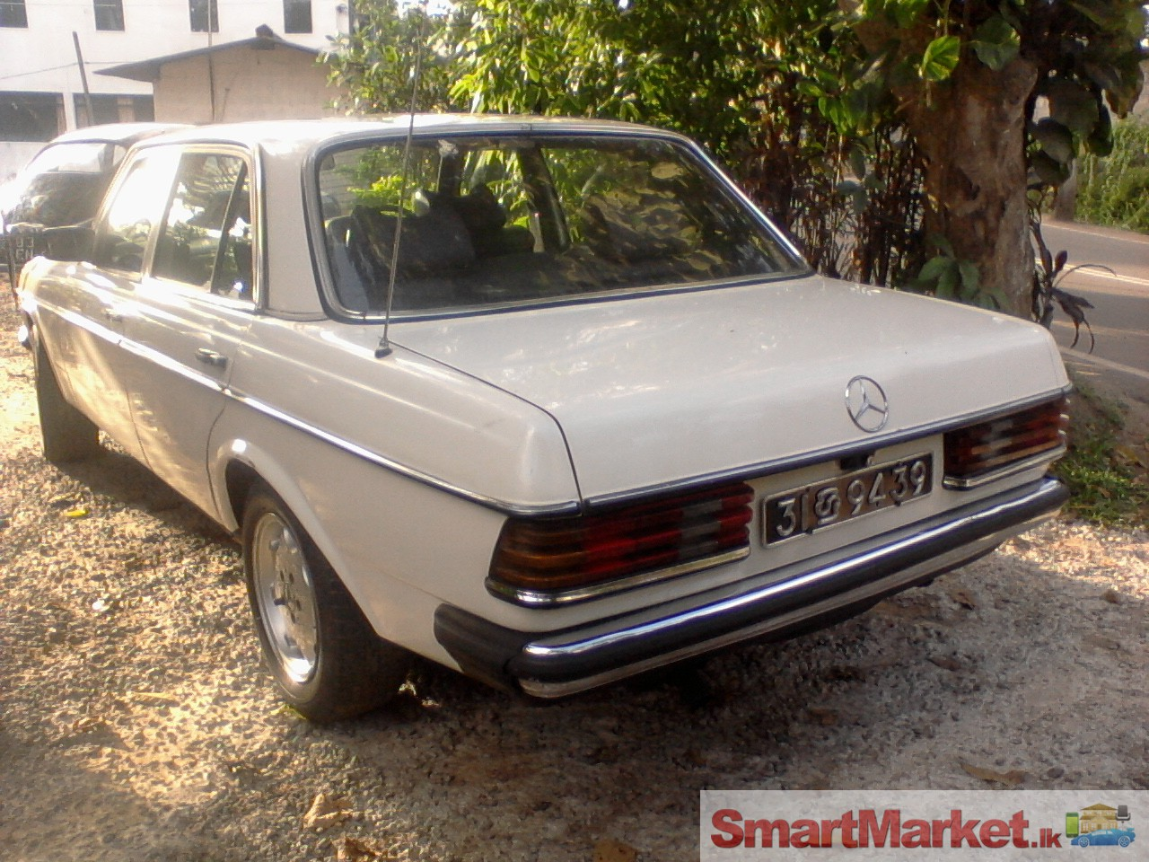 Mercedes benz w123 for sale in sri lanka for Mercedes benz 300cd for sale