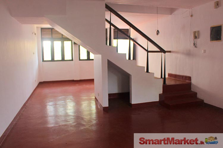 Two Storied House for Sale in Nittambuwa
