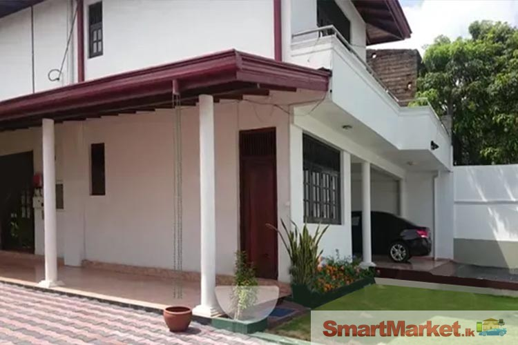 Two Storied House for sale in Pita kotte