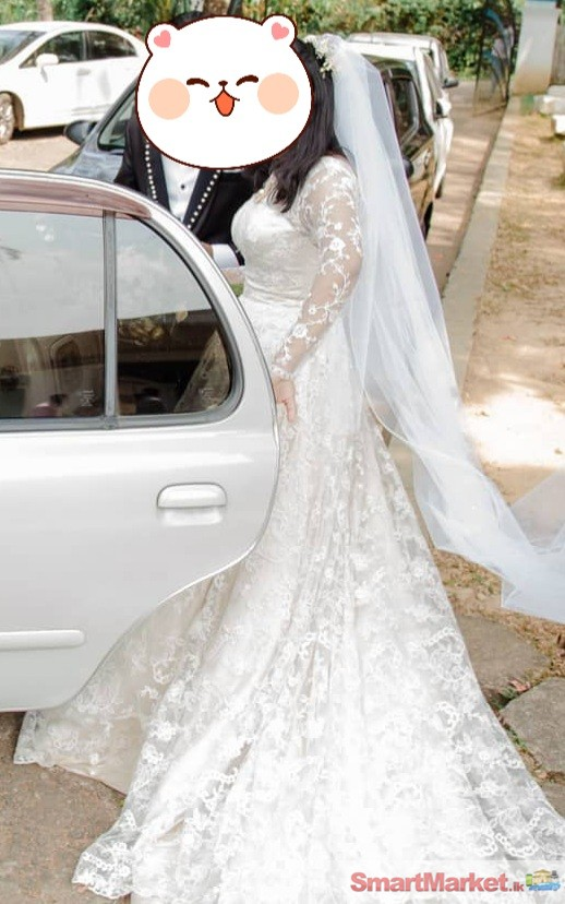 WOMEN WEDDING DRESS FOR SALE